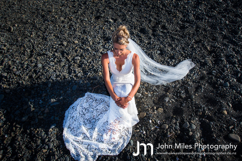 Lauren & Aaron Devlin's Te Awanga Wedding Photographs by Cape Estate Wedding Photographer John Miles Photography