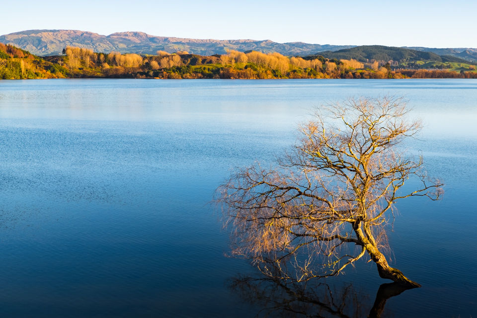 Lake Tutira on a Winter's Morning - by Hawkes Bay Photographer John Miles Photography
